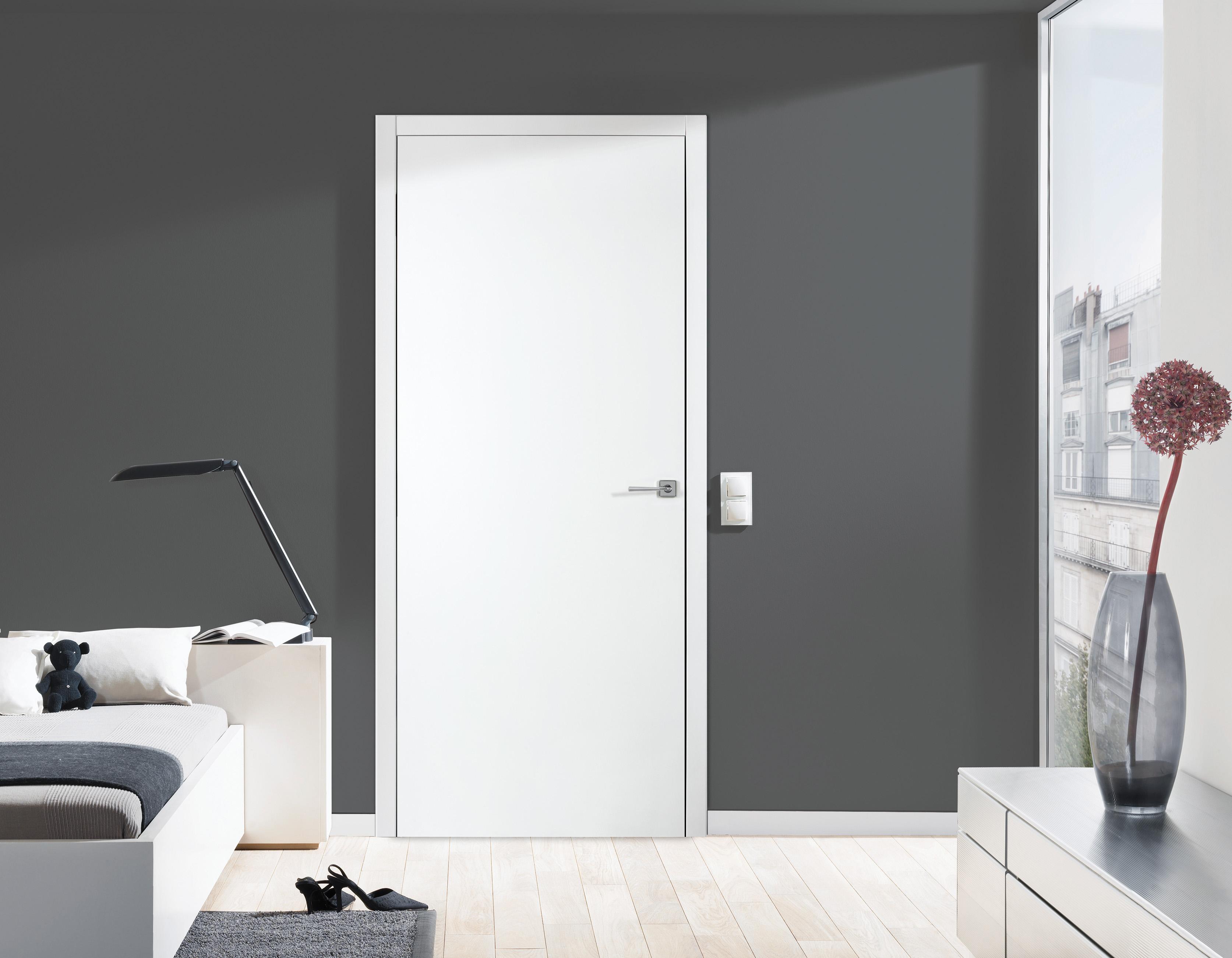 Puertas de interior lacadas en blanco en Madrid - Sarmiento